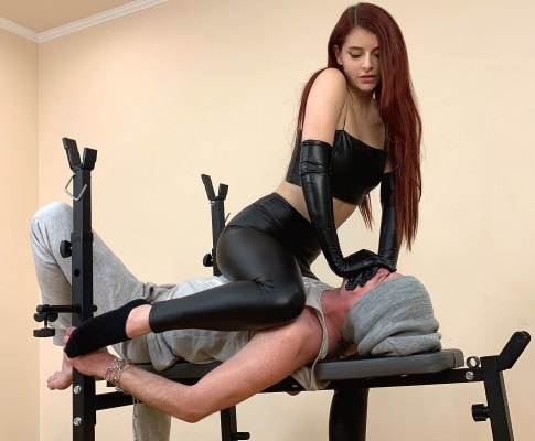 Bondage and HomSmother With Cruel Mistress Sofi in Leather Gloves